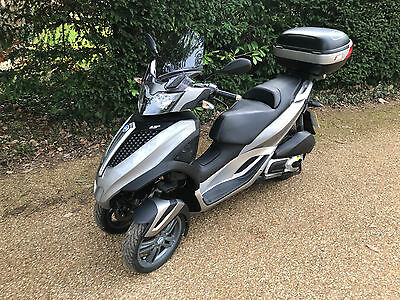 2011 Piaggio MP3 300 Yourban LT 300 low mileage!