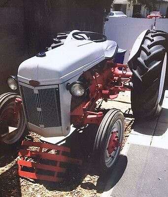 1947 Ford Tractor (95% restored with 0 hours on engine)