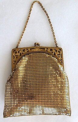 Vintage Whiting & Davis Gold Mesh Cut out Floral Frame Kiss Lock Coin Purse