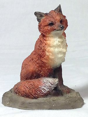"""Vintage Young's China Polyresin Resin Fox 3.5"""" Statue Detailed Relief"""