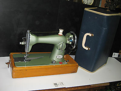Retro Greeny  Color  Cast Iron Hand Crank  Sewing Machine With Carry Case.