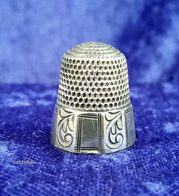 Vintage Sterling Silver Thimble Alternating Curved Branch and Rectangle Design
