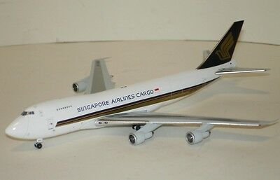 JC Wings 400 Boeing 747-200F Singapore Cargo 1/400 scale diecast