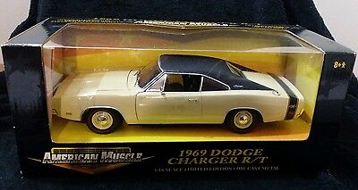 New Ertl American Muscle 1969 Dodge Charger R/t 1:18 Limited Edition