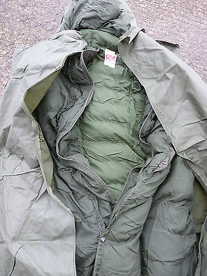 Arctic Issue Sleeping Bag with Cover - British Army