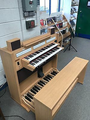 Pre Loved Viscount Vivace 20 Organ Finance Available & Part Exchange