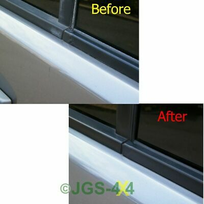 Discovery 3 & 4 Front Right Door Window Trim Weather Seal Strip - LR044649