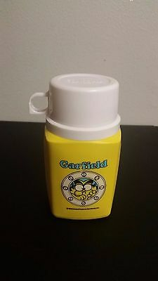 Vintage Garfield Chow Time yellow plastic Thermos 1978