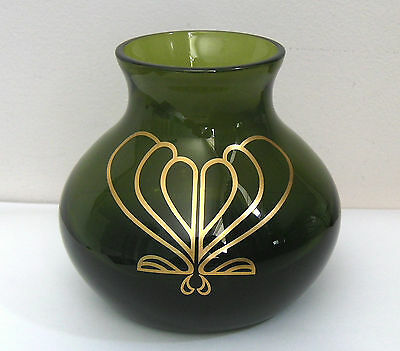 Beautiful Green Caithness Art Nouveau Glass Vase By Colin Terris.