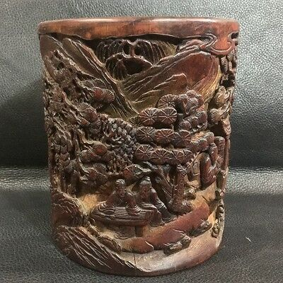China Exquisite hand-carved Natural human landscape Bamboo carving Pen holder