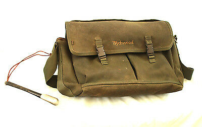 "16"" Wychwood fishermans canvas bag with Trout fishermans Priest & marrow scoop"
