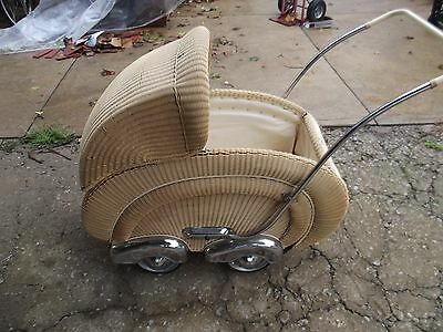 Antique Vintage Streamline Wicker Carriage Stroller Baby Buggy