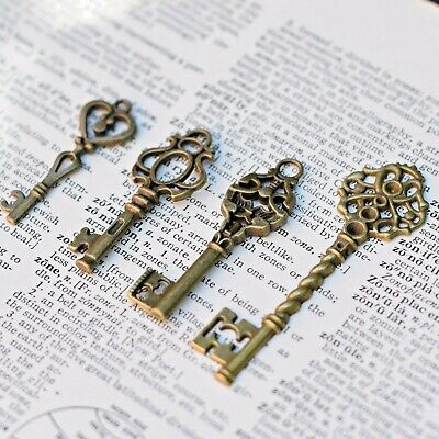 8 x Royal Skeleton Key Antique Old look Vintage Key AU SELLER style