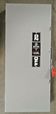 GENERAL ELECTRIC THN3364 Nema 1 3PH 600V 200A - Disconnect Switch - USED