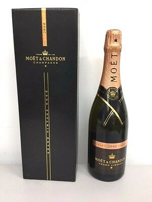 Champagne Moet & Chandon Grand Vintage Rose 2000