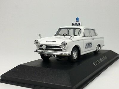 ATLAS 1:43 Ford Cortina MK1 Surrey Police Best of British Police Cars