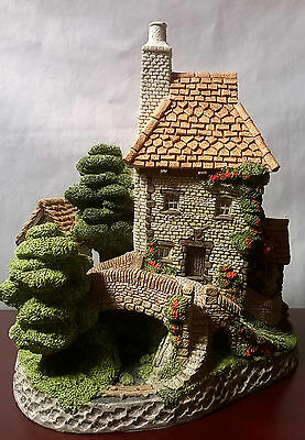 Toll Keepers Cottage By David Winter, Hand Made & Painted-Quality Craftsmanship!