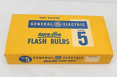 11 General Electric Sure-Fire Flash Bulbs Number 5