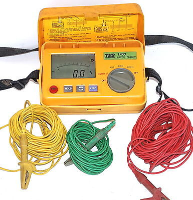 TES-1700 Digital Earth Voltage Resistance Tester Meter 0~399.9V/0~3999Ω