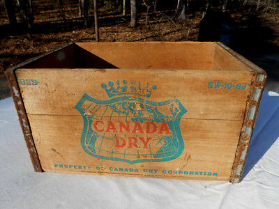 Vintage Canada Dry Ginger Ale Soda Wood Crate/Box SW-10-63