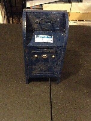 """VTG 1970s WESTERN STAMPING CORP.  U.S. MAIL POST BOX COIN BANK  7 1/4"""" TALL, #5"""