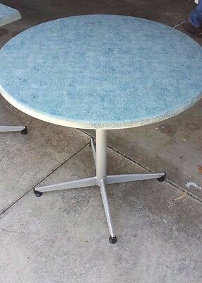 Round Cafe/Bistro Table