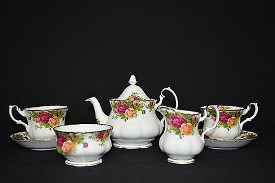 EUC! Vintage Royal Albert Old Country Roses Tea Set. Service For Two. Beautiful!