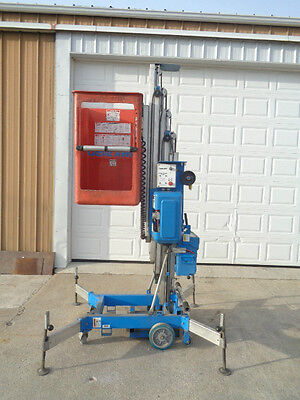 genie man lift AWP 24 vertical man lift scissor personal manlift