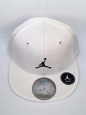 Nike Jordan Infant Embroidered Jumpman Logo Baseball Cap (White)