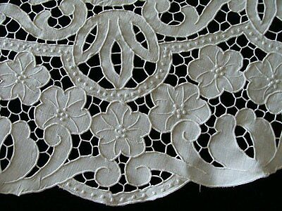 "MAGNIF Vtg MADEIRA  ALL CUTWORK Linen Tablecloth Set  52"" Round GREMIO PRISTINE"