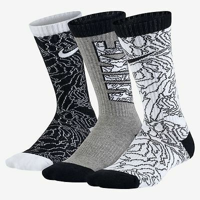 Nike 3 Pack Youth Kids Crew Socks Black, Gray, White New Sx5267 900 Size 3Y-5Y