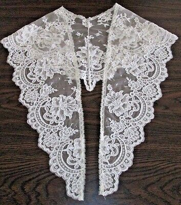 COLLAR ANTIQUE VINTAGE - Off-White Old French Alencon Lace w Corded Outline