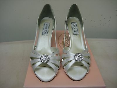 Touch Ups white satin Gemini dyeable bridal shoes 7M 2.5 heel height