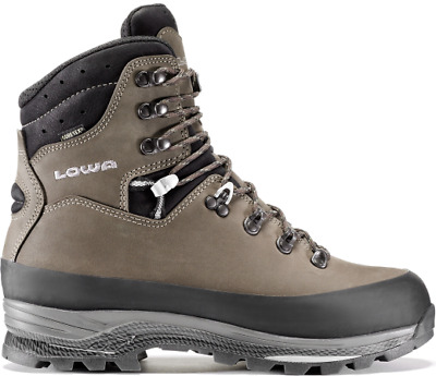 Lowa Tibet GTX Backpaking Boot Waterproof Breathable