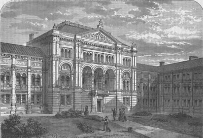 VICTORIA & ALBERT MUSEUM The Court of the South Kensington Museum. London c1880