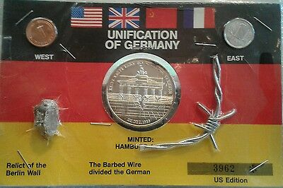 1989 Opening of the Berlin Wall Silver Medal with mementos (piece of wall)