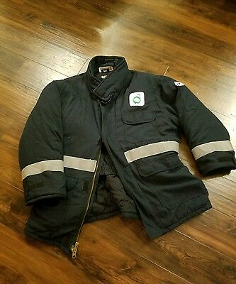 Vintage BP Petroleum Oil Rig Cold Weather Jacket XL Awesome Heavy Sturdy Jacket!