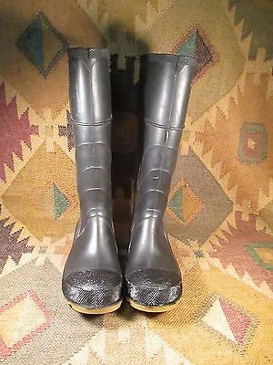 Onguard Industries Black Rubber Boots STEEL TOE STEEL SHANK  Size 9 MADE IN USA