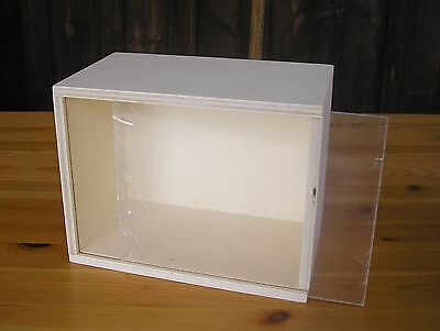*** NEU     Display Roombox Puppenstube 1      NEU ***