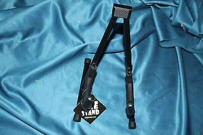 Eddy Finn Folding Ukulele Stand for All Sizes Plus Violins or Mandolins, EF-US