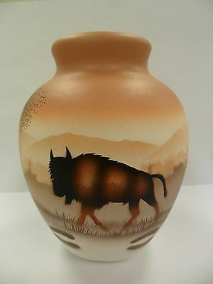 Navajo Handpainted Pottery (Cedar Mesa-Buffalo Tracks #64084) w/COA Made in USA