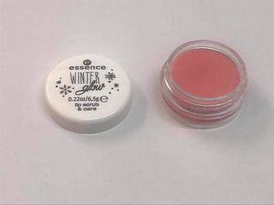essence Winter glow 01 Melt Away lip scrub care