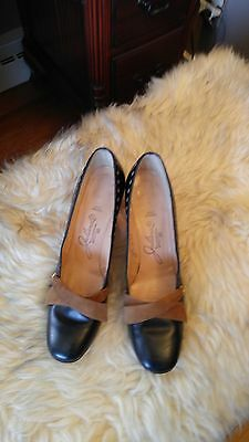 "Vintage Womens Julianelli Leather 2.5"" High Heel Pumps Size 8 AA?"