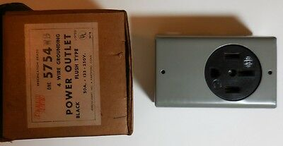 Power Outlet 3 Pole 4 Wire 50 Amp, 125/250 Volt, NEMA 14 With Box Wall Mount New