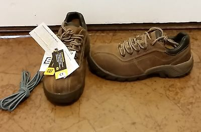 NEW - CAT Composite Toe Work Shoes / Boots Womens size 6.5