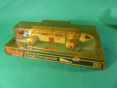 Dinky Toys 359 Raumbasis Alpha - Space 1999 - Eagle Transporter white in Box