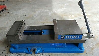 "Kurt D688 Anglock Milling Machine Vise 6""   Great Condition"