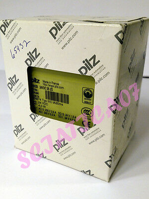 PILZ TWO HAND Safety Relay P2HZ5 24VDC 474390 NEW in Box!