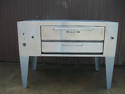 Attias Natural Gas Deck Pizza Oven With Stones