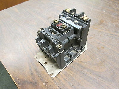 Allen-Bradley Contactor 500L-B0D92 30A 115-120V Coil Used